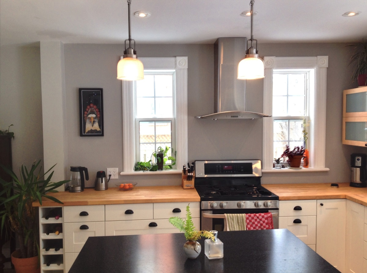 Beautiful new kitchen to inspire your inner chef.