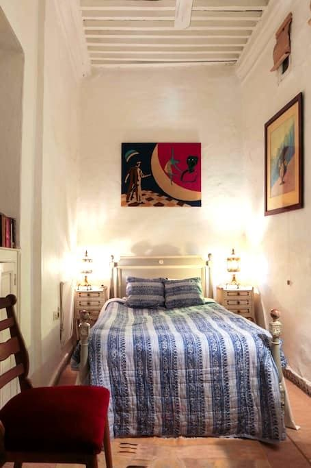 Single en suite in Medina B&B Riad  - Tangier - Bed & Breakfast