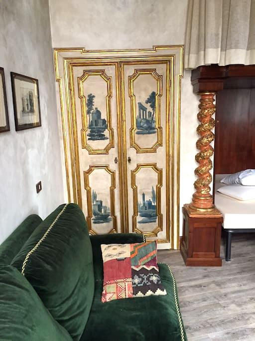 Pellegrino Luxury historical Flat - Roma - House