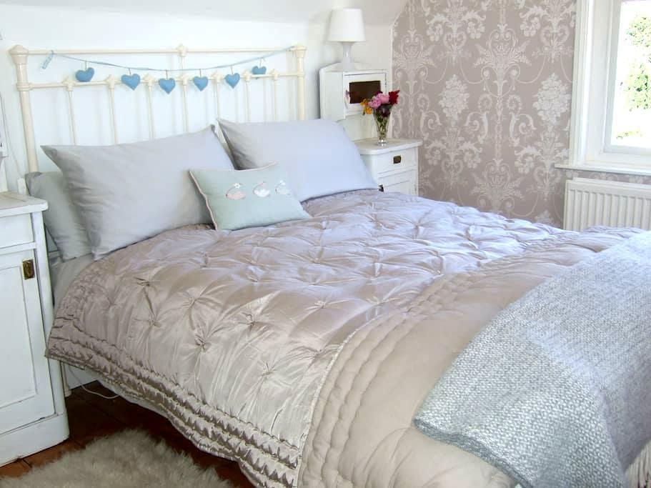 Old Store Midhurst Bed & Breakfast - Easebourne - Penzion (B&B)