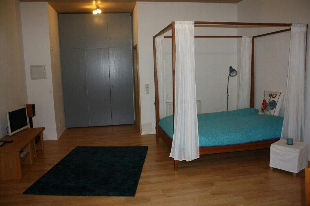 Zimmer am Taunus bei Frankfurt
