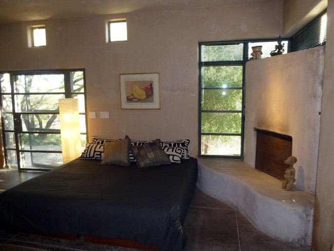 "King size bed with 9"" thick Japanese Futons, organic bedding, down comforter and pillows, and a wood burning fireplace  keep you warm during our ""Tucson winters.  The upscale bedding is also cool during Tucson's warmer months."