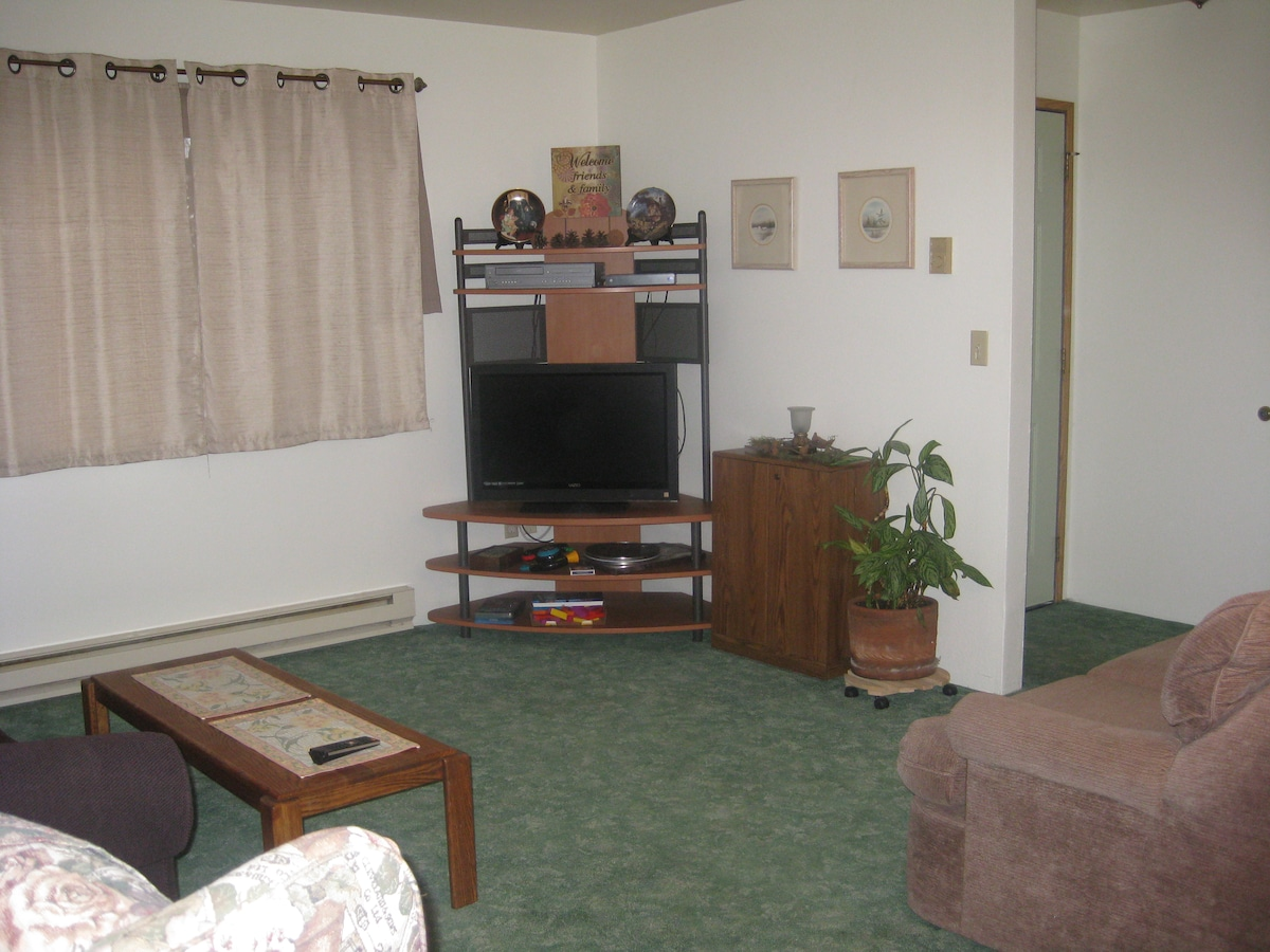 Entertainment Center has Movies & Games