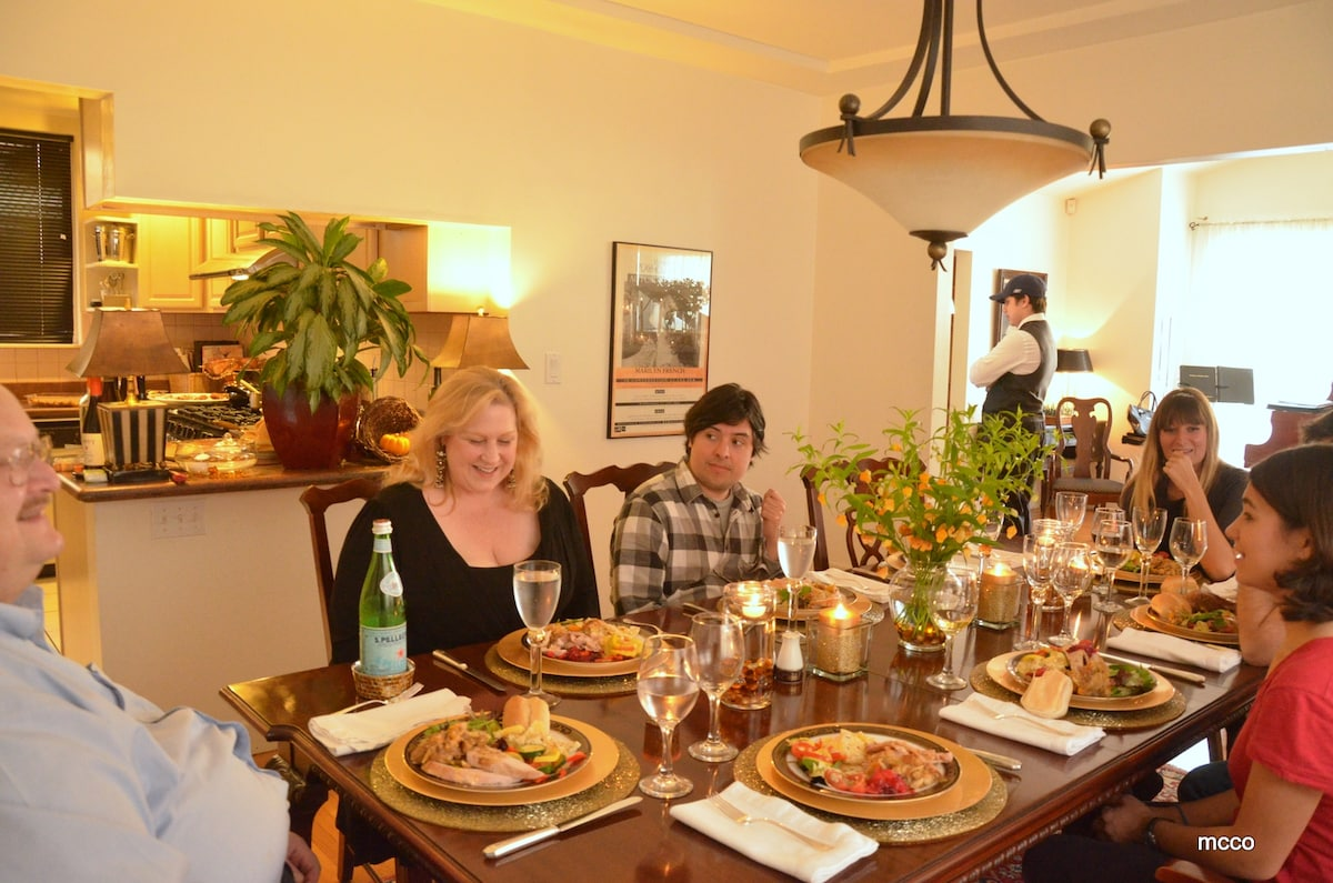 Thanksgiving with our French and German home exchange friends (Dining Room)