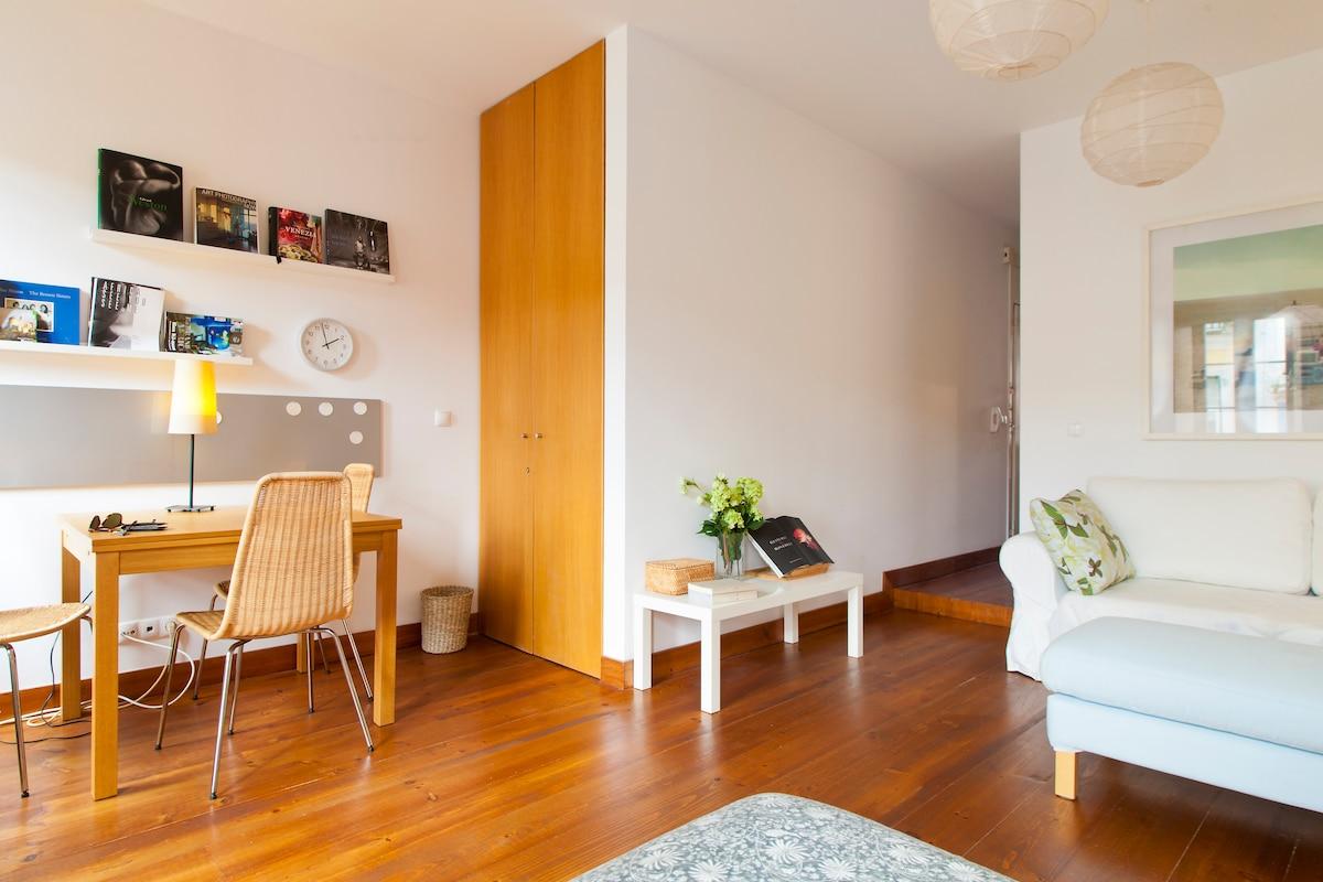 Sunny apartment In Principe Real
