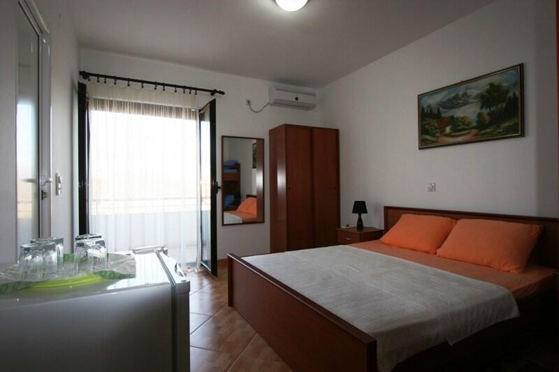 Quad Room №1