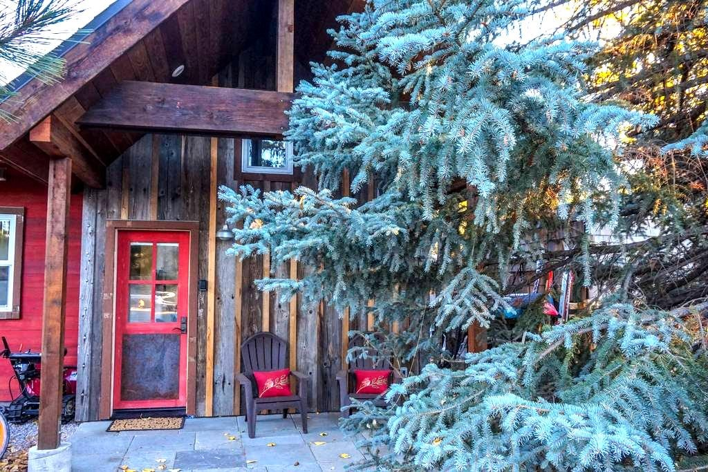 Truckee River Bike House - Truckee - Pis