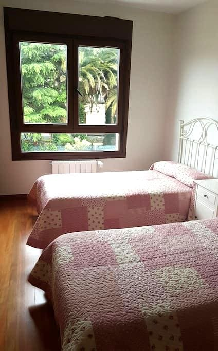 TWIN BEDROOM WITH ENSUITE 10 MINS FROM BILBAO! - Bizkaia