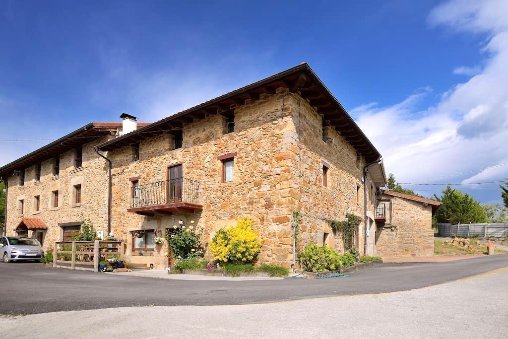 Best of both worlds - mountains/city (3 rooms) - Durango - Penzion (B&B)