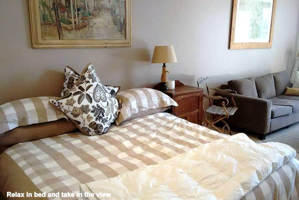 Home and Away Overnight Stay- King Bed or Single - Bilgola Plateau - Departamento