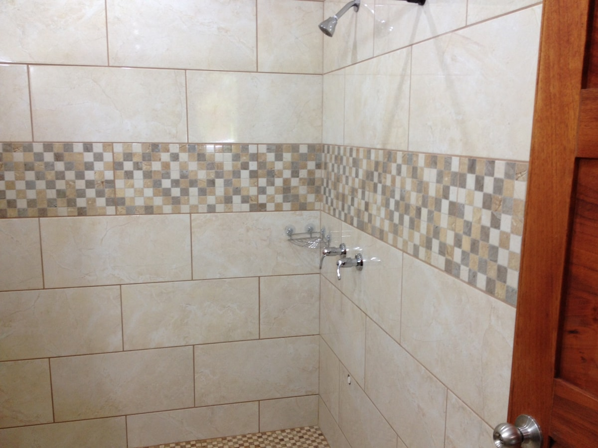 Large Shower With Hot Water