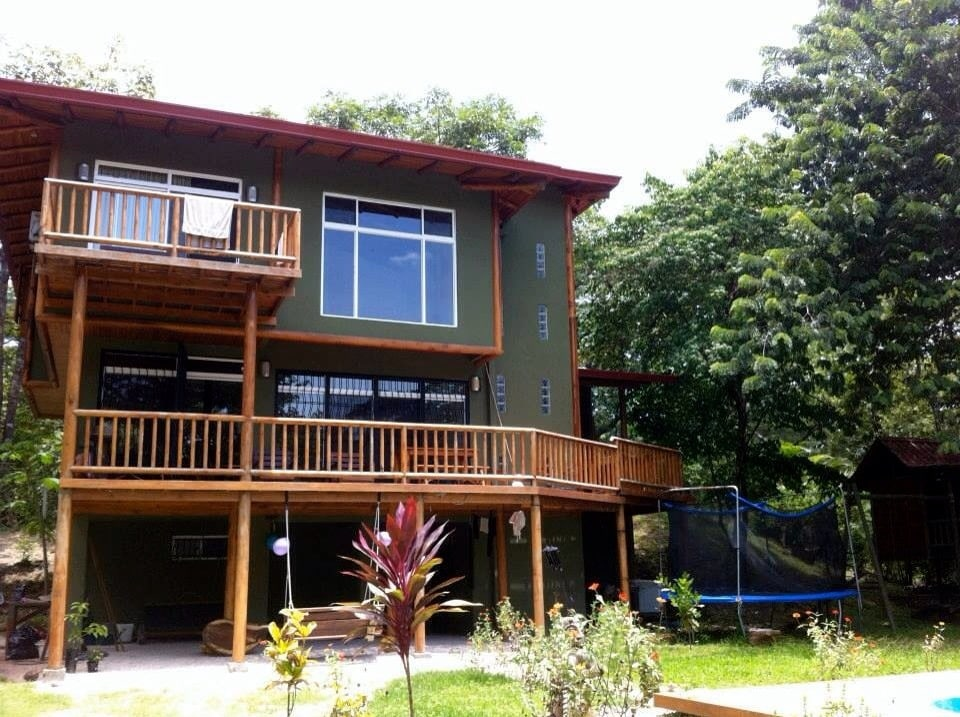 2BR/2BA big house with full comfort