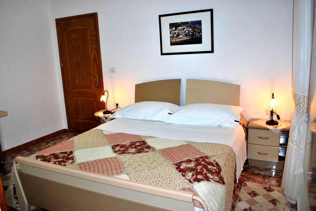 Hotel Osumi Room 5 - Berat