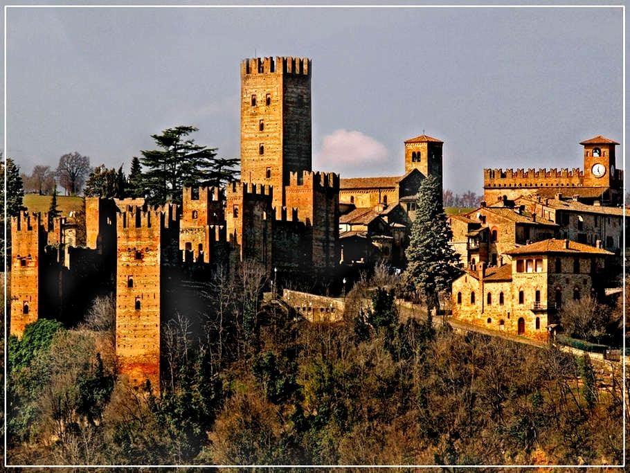 Casa del '600 in borgo medievale - Castell'Arquato