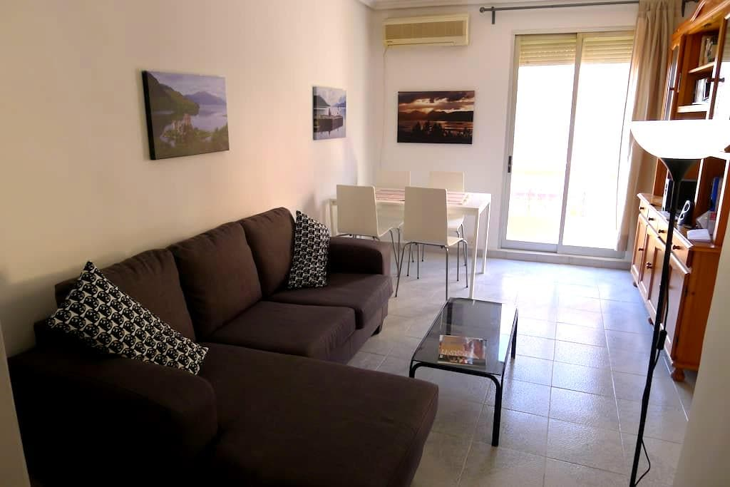 Large Bright Apartment 400M from the  Beach - València - Huoneisto