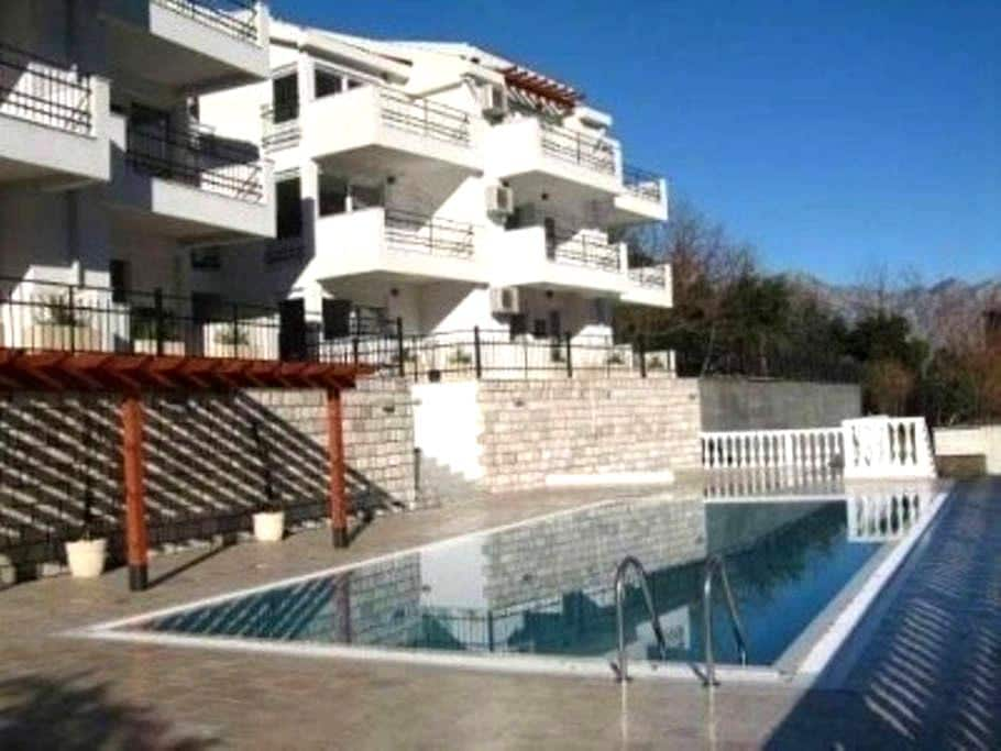 1 bedroom penthouse apartment - Muo