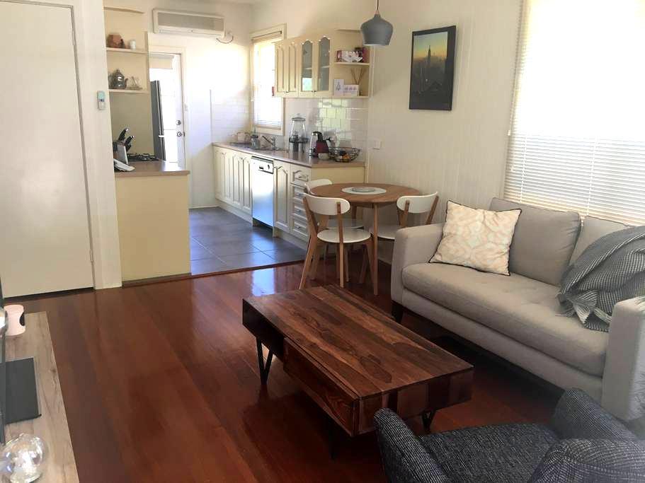 Cosy Peninsula Beach Unit - Mornington - Apartamento