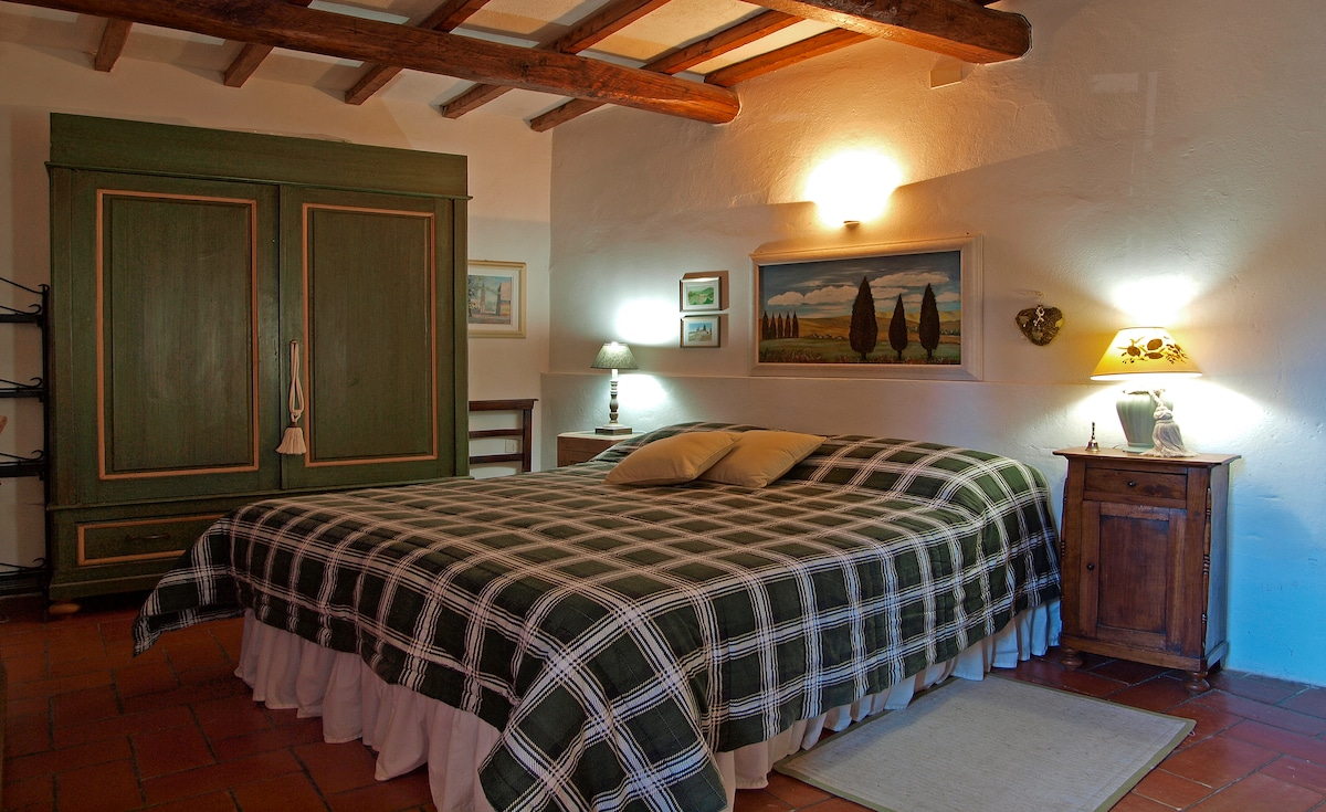 Apartment  in Chianti with pool
