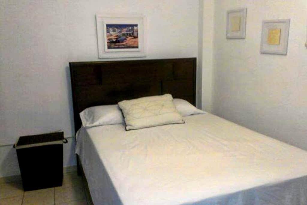 El Gran Café Beach Apartment #2 - Aguadilla Pueblo - Departamento
