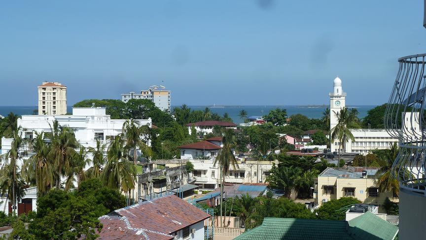 10 minutes walk to the beach; 10 minutes walk to the town. Near Zanzibar ferry.