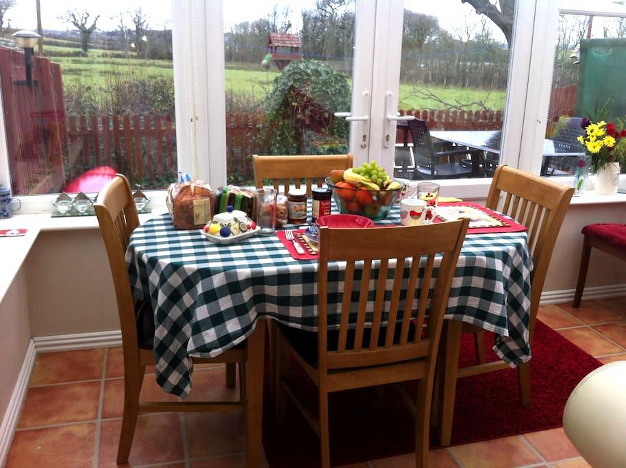 Pretty Village Millbrook in Cornwall - Millbrook - Bed & Breakfast