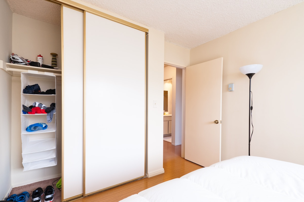 Plenty of closet space and hangers