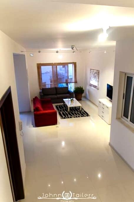 Master Bedroom in modern, bright flat in Swieqi - Is-Swieqi