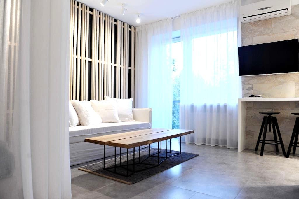 NEW designer apartment at Pechersk - Kiev - Departamento
