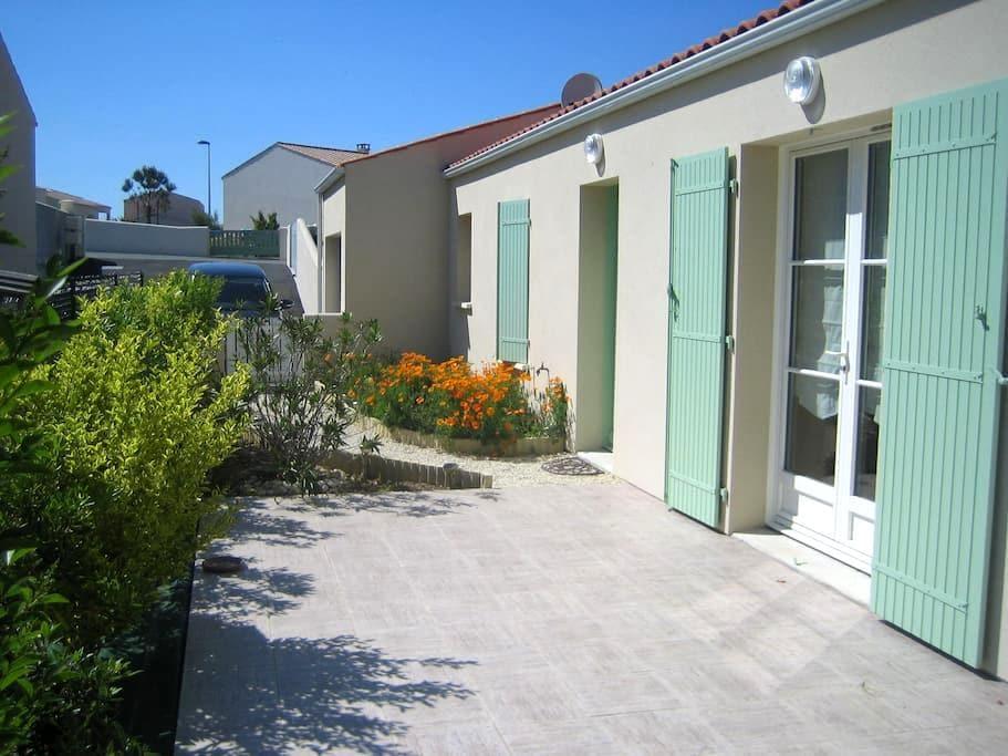 La Villa de l'Estran calme et mer - Port-des-Barques - 단독주택