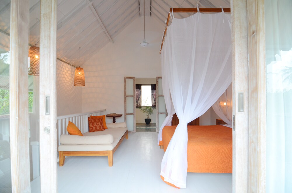 The master bedroom with 5 meter to the ceiling..