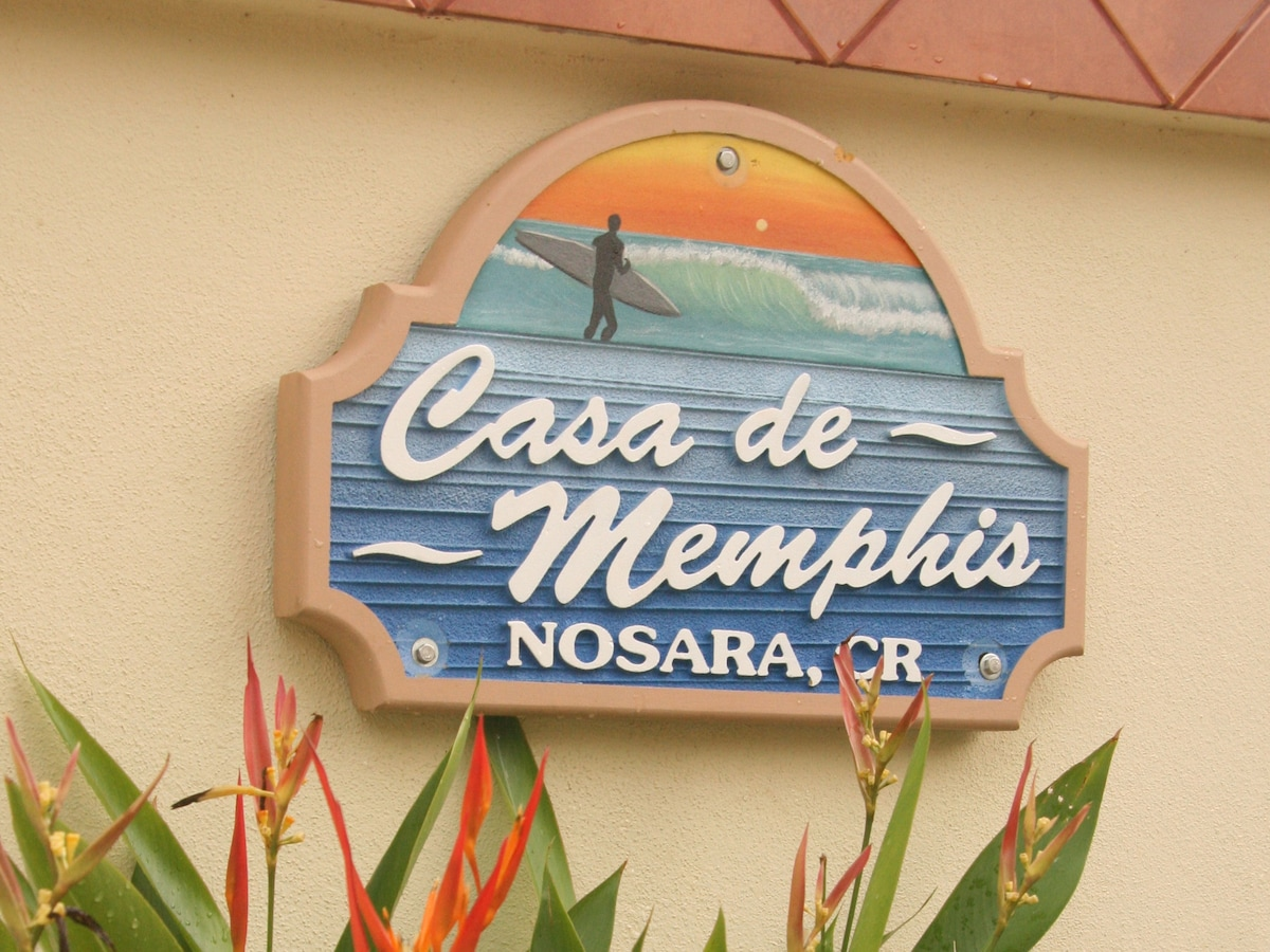 """Like the sign on the gate says """"Casa de Memphis I"""". Remember that there is a Casa de Memphis II just around the corner."""