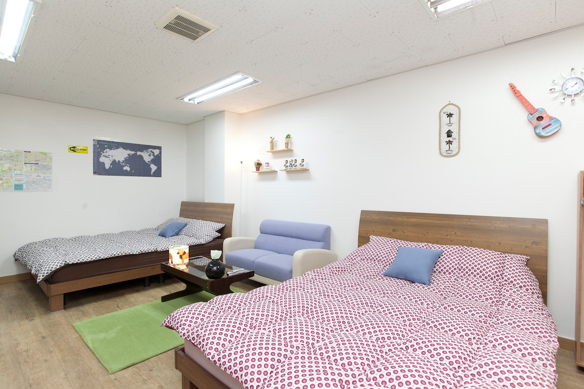 Everything you need in this cozy and well decorated private semi studio condo.