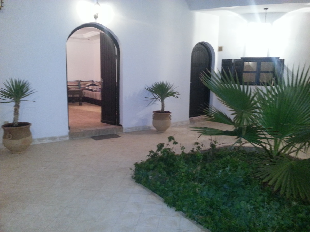 Villa 3 bedrooms WIFI + TV Sat