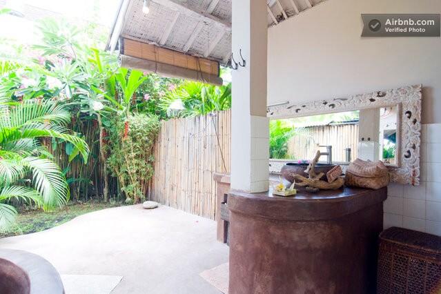 Open Bathroom with Garden at Casa Mia