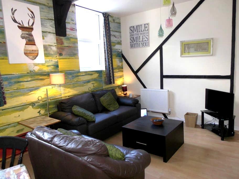 The Golden Lion Apartment - Brixham - Daire
