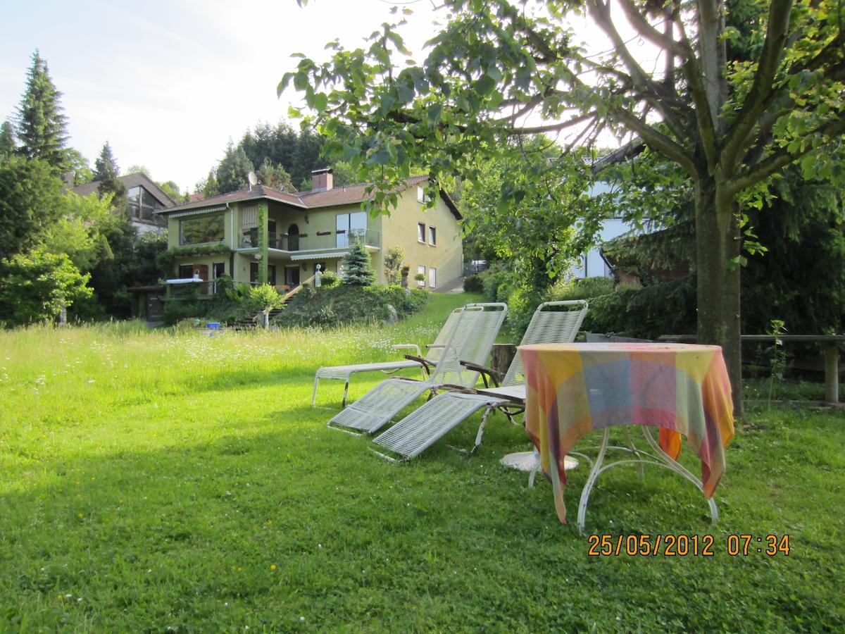 2 Zi-Gartenwohnung mit viel Charme