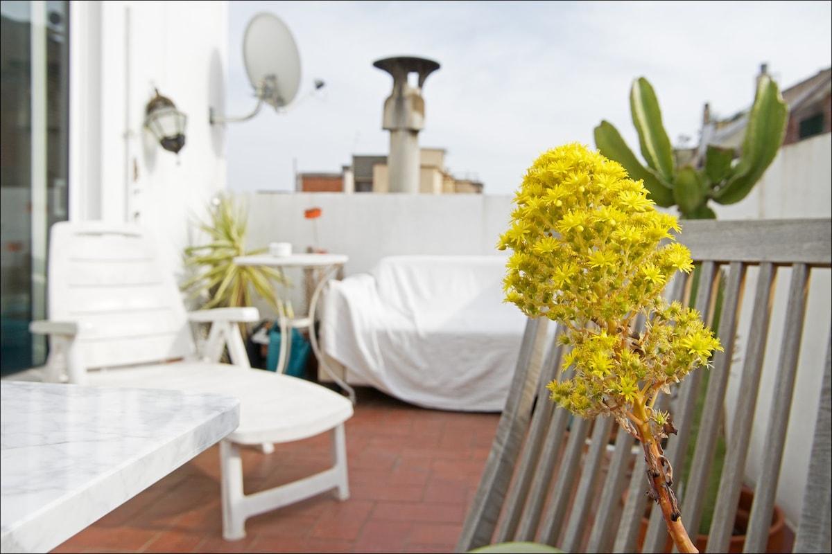 Beautiful apartment plus terrace!