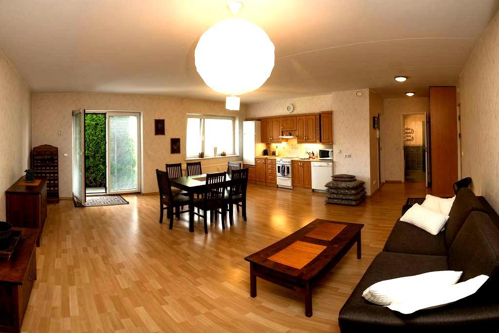 Beach holiday apartment (4+1) with a sunny terrace - Pärnu