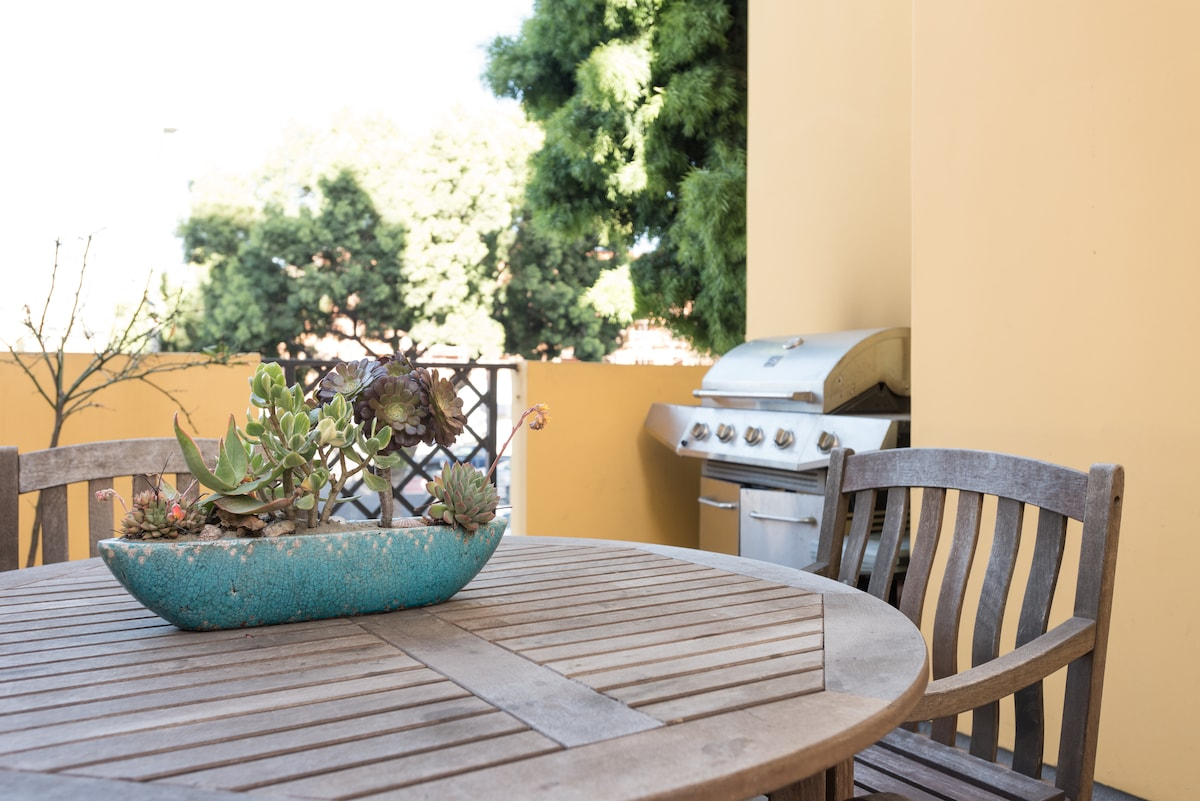 Outdoor seating area with gas BBQ