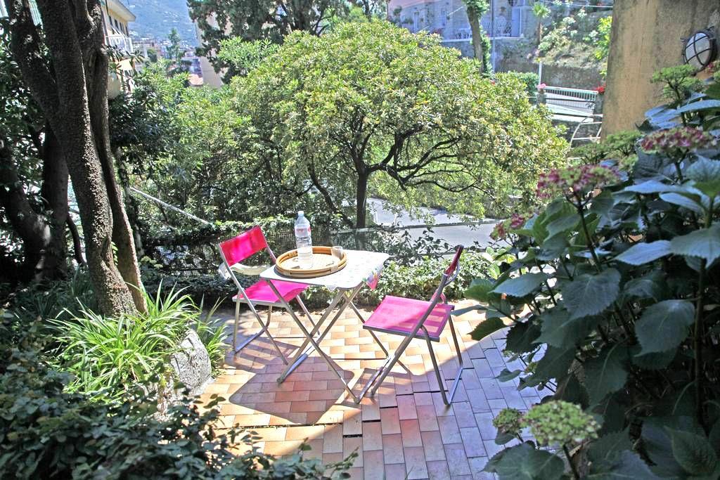 A due passi dal mare, con giardino - Rapallo - Lägenhet