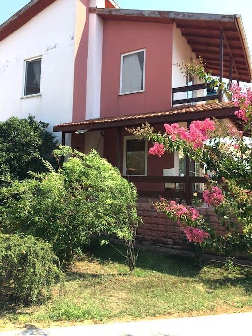 Saros körfezi gelibolu - Koruköy Köyü - Rumah