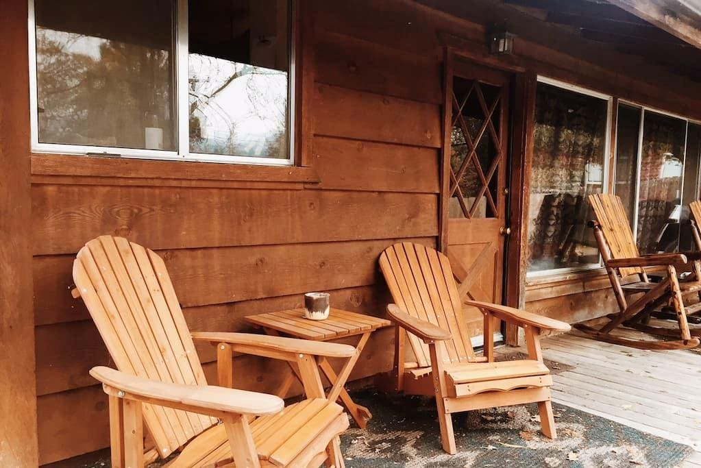Cozy Cabin. 2 Miles to Bass Lake Close to Yosemite - Wishon
