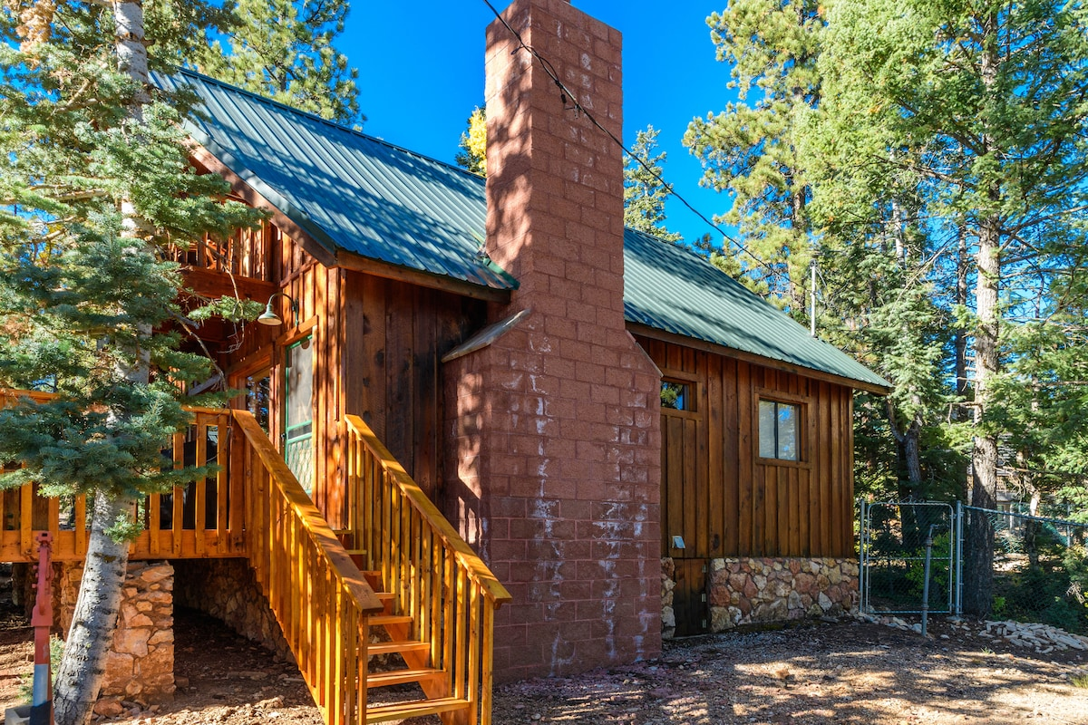 canyon the brian rentals center cabins bryce cabin utah gettyimages head country all of it tropic