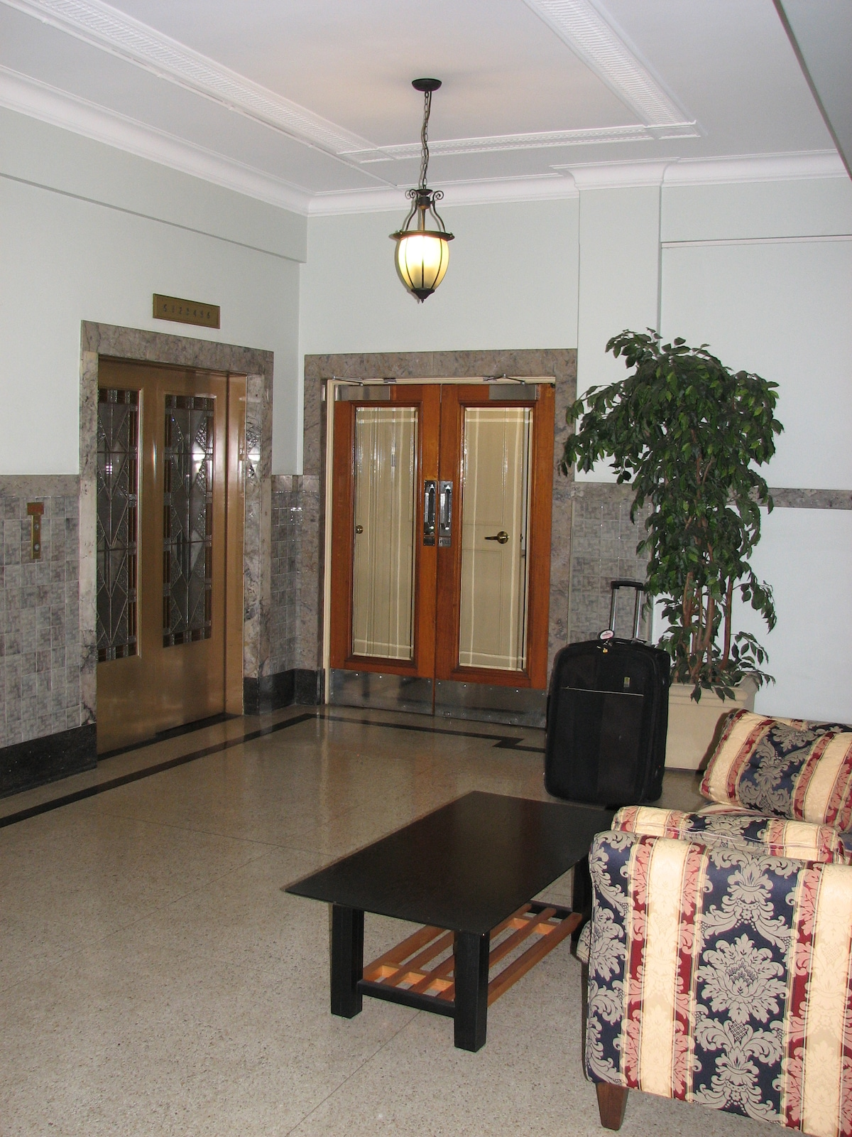 The lobby outside of the apartment