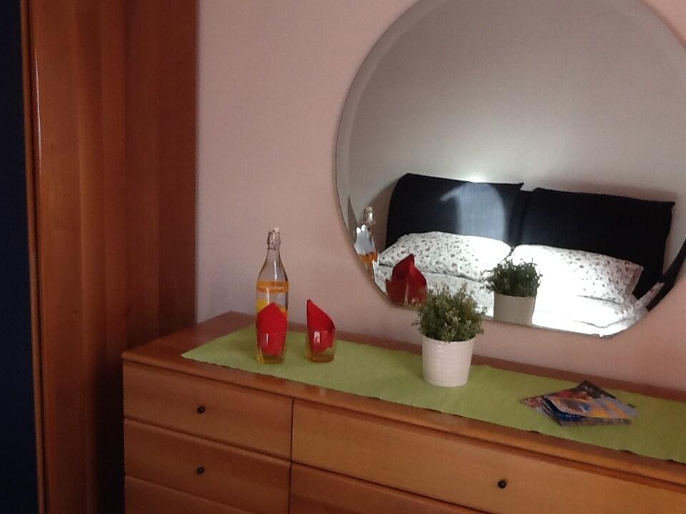 ZENTRAL Zimmer, Frühstück und WLAN