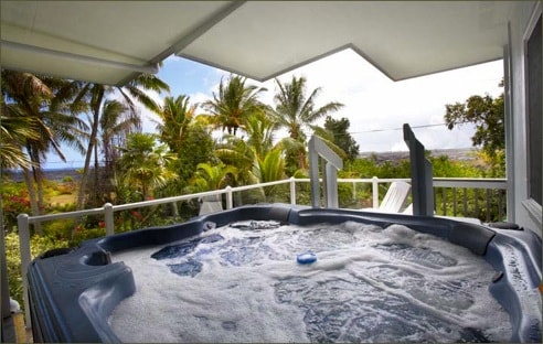 8 person hot tub with a gorgeous view!
