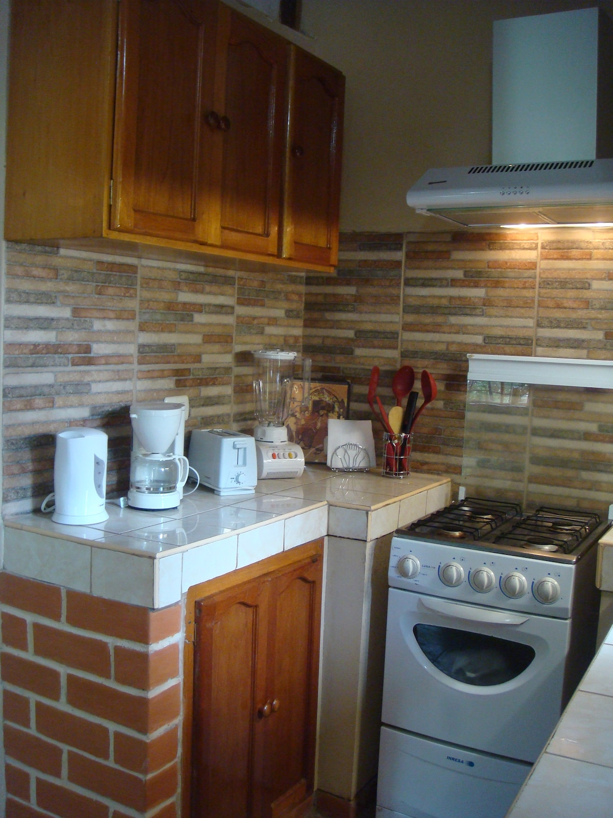 Fully furnished kitchen for your comfort.