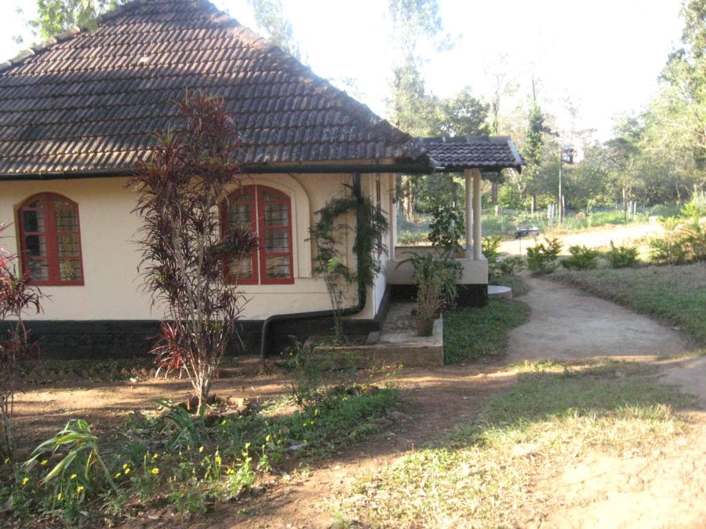 The Cottage set in the farm