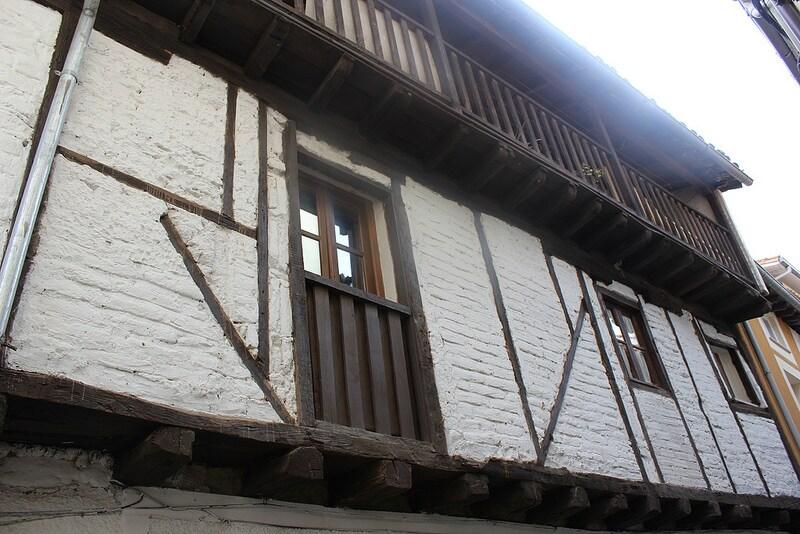 Fachada típica de la zona