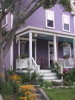 Victorian House Rental Walk to All